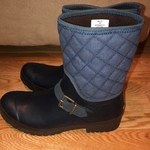 Sperry top sides boots.  Blue. Quilted denim look.